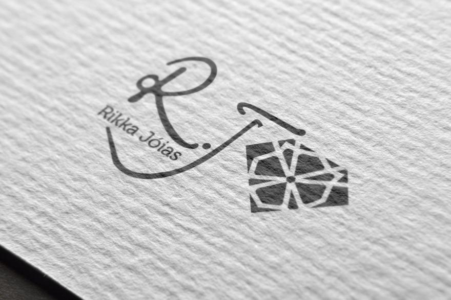 03-logo-mockup-free-version